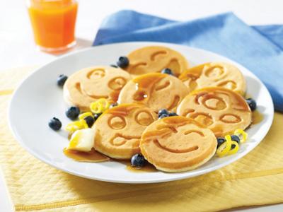 Funny Faces Pancake Pan 1