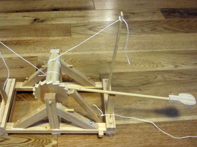 Miniature Working Da Vinci Catapult 1