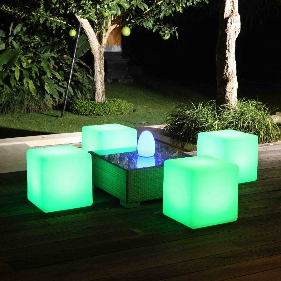 Outdoor Cordless LED Light Cube 1