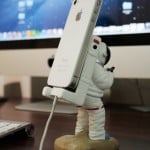 Astronaut Phone Holder 8
