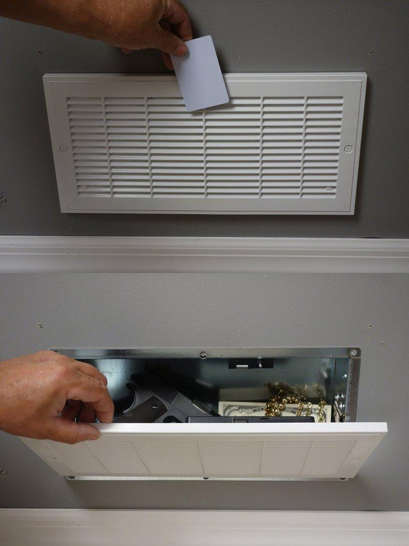 Secret Air Vent Safe