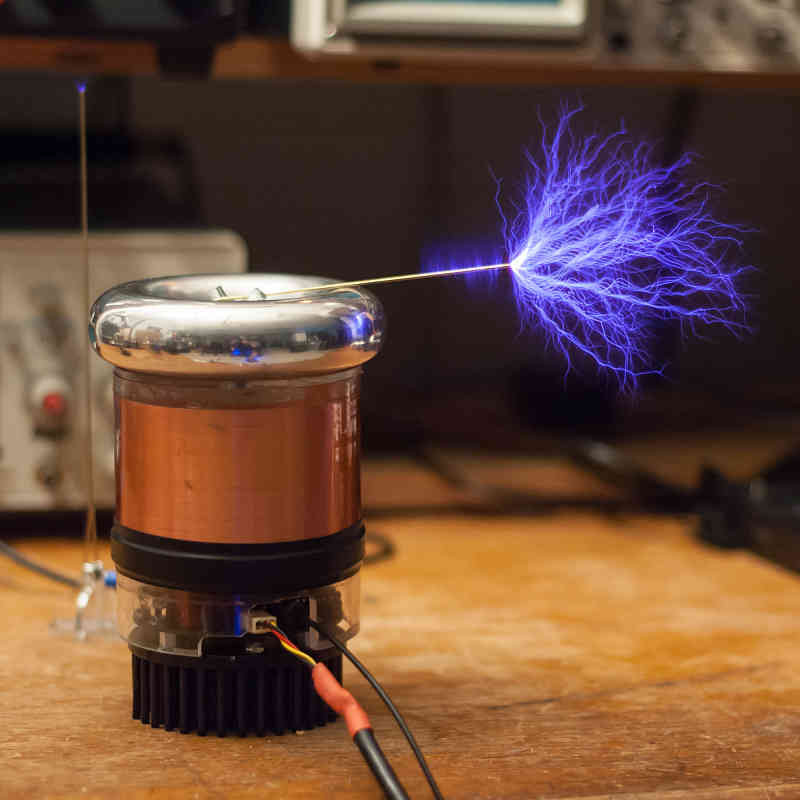 Eef B B Dfa C D Ed Technology Gifts Alien Technology besides Musical Tesla Coil Kit further Tesla Watch Key Slot together with Teslacoil likewise Nicolatesla. on who invented the tesla coil