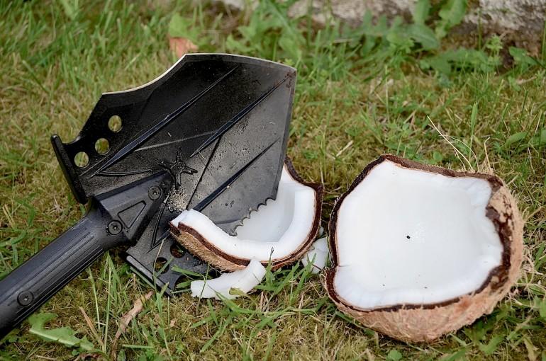 Survival Shovel Multi Tool