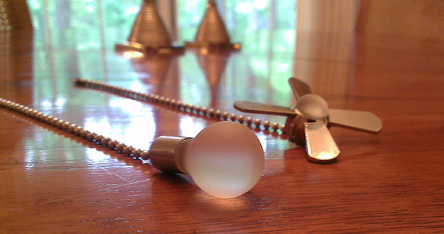 Light Bulb & Ceiling Fan Shaped Chains