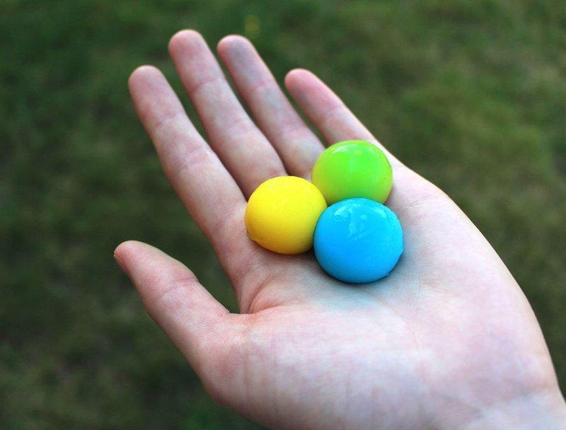DIY Throwable Paintballs