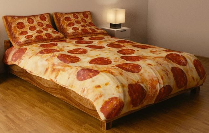 Pizza Bed Set
